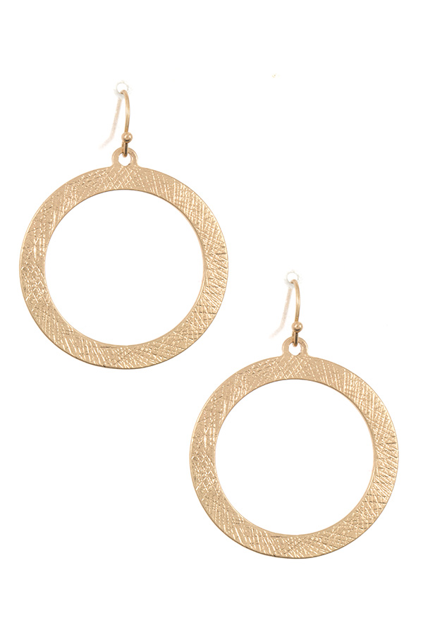 SCRATCH DETAILED ROUND EARRING