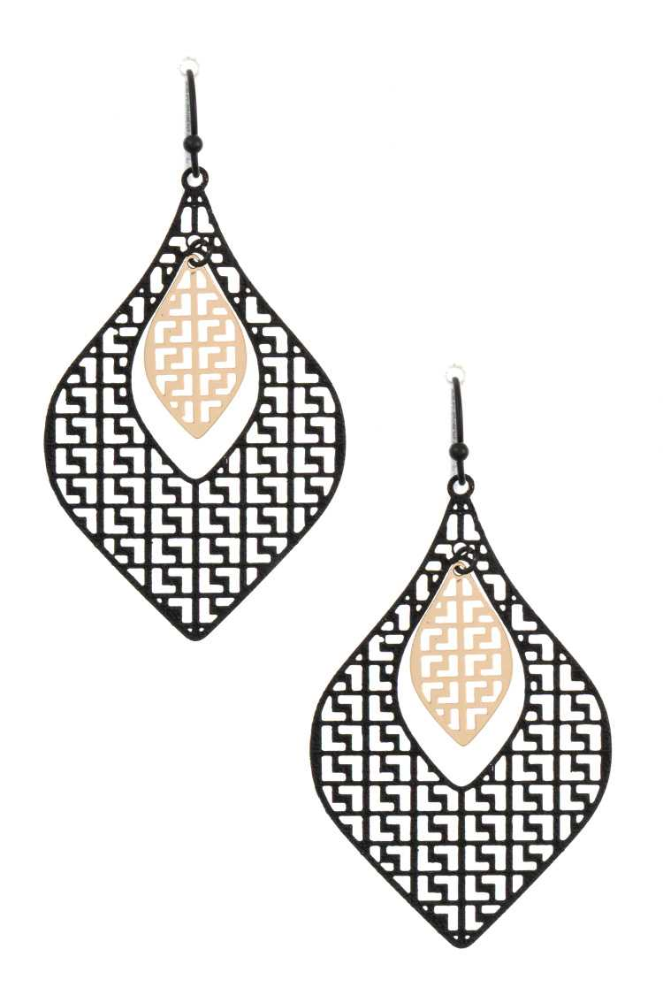Link Cut Out Dangle Earring
