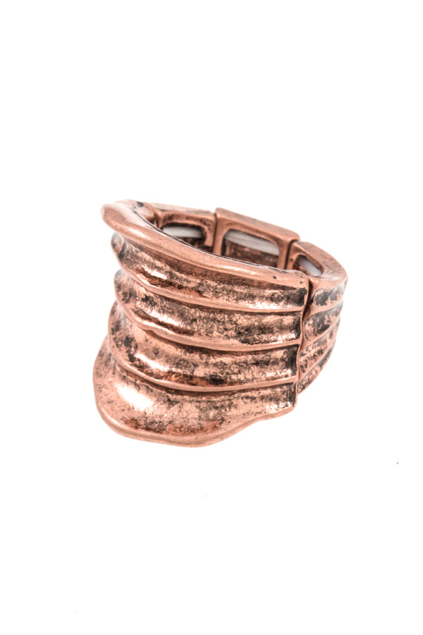 Line Pattern Detail Stretch Ring