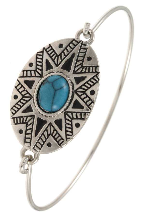 TRIBAL ETCHED GEM ACCENT BANGLE BRACELET