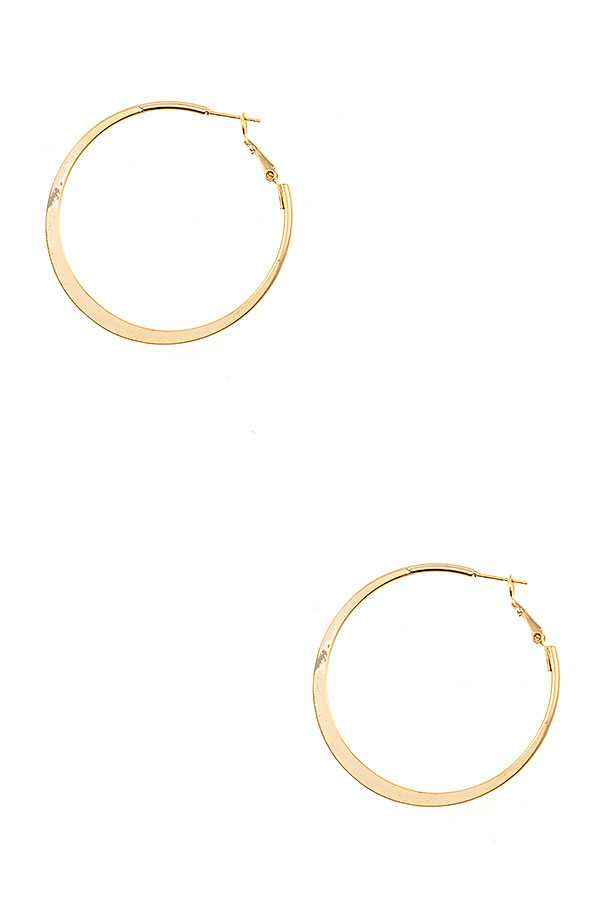 FLAT CENTER ACCENT HOOP EARRING
