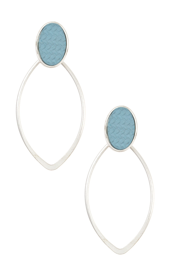 MARQUISE POST OUTLINED EARRING