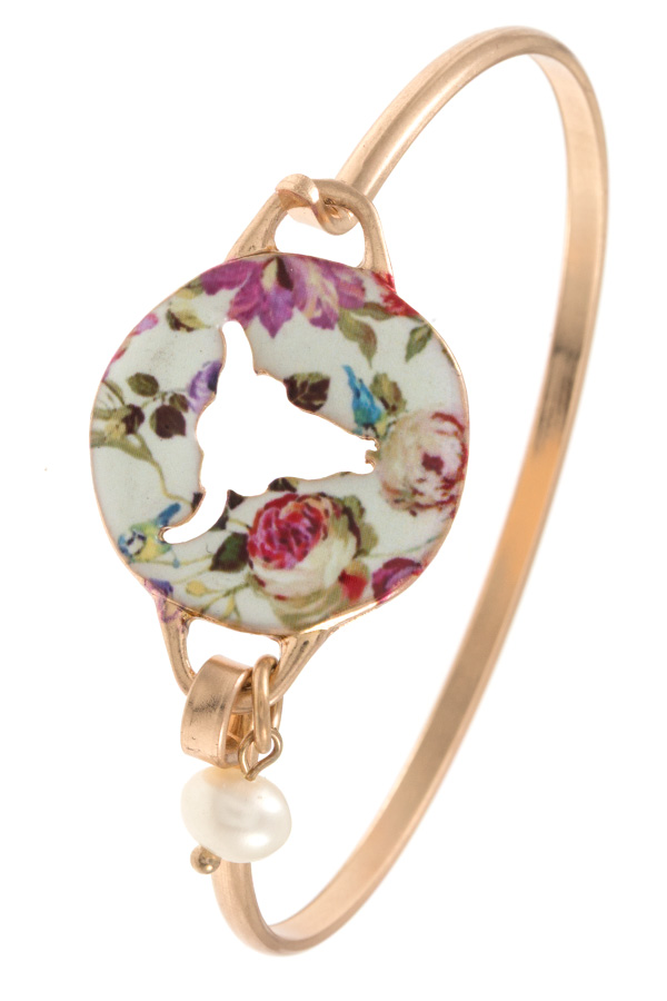 BULL CUT OUT FLORAL DISK BANGLE