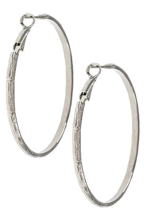 Bamboo Pattern Detailed Accent Hoop Earring