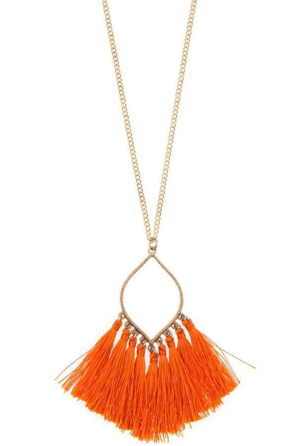 MULTI TASSEL PENDANT LONG NECKLACE